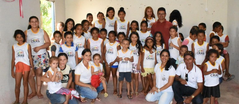 Entrega de uniformes confirma os avanços no CRAS de Junco do Maranhão