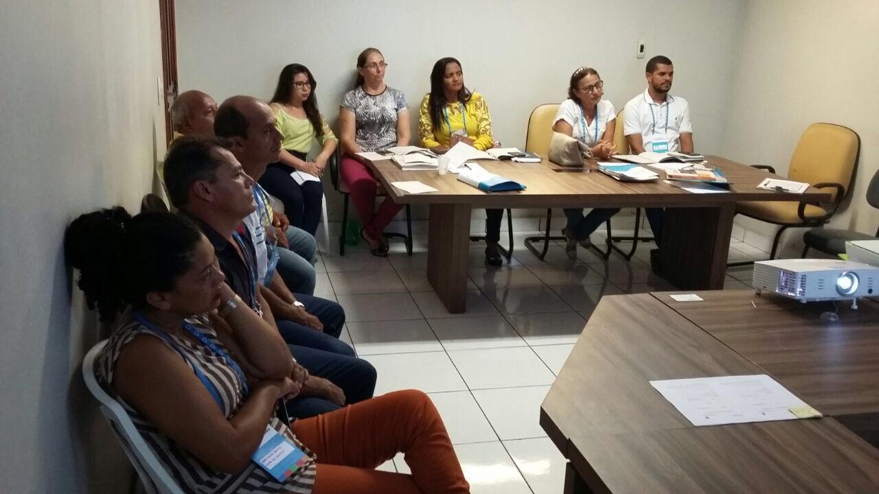 Em Junco do Maranhão, o Comitê do Plano Municipal de Saneamento Básico passa por capacitação