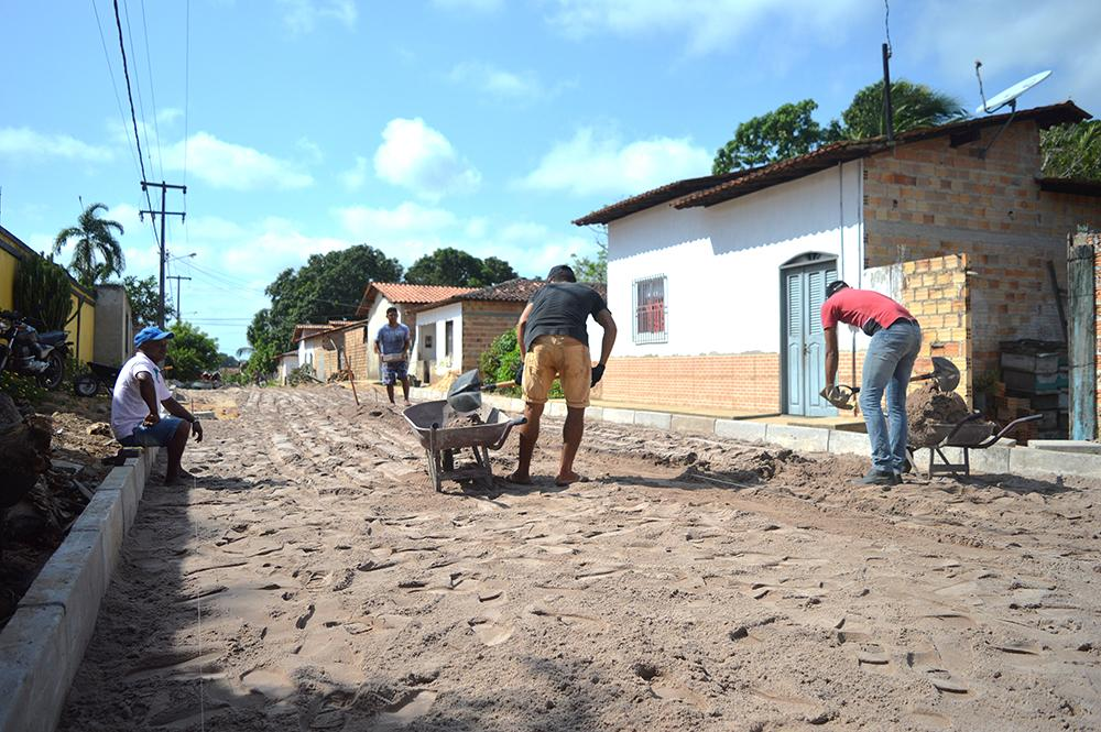Pavimentação chega a Rua Epifanio Ribeiro